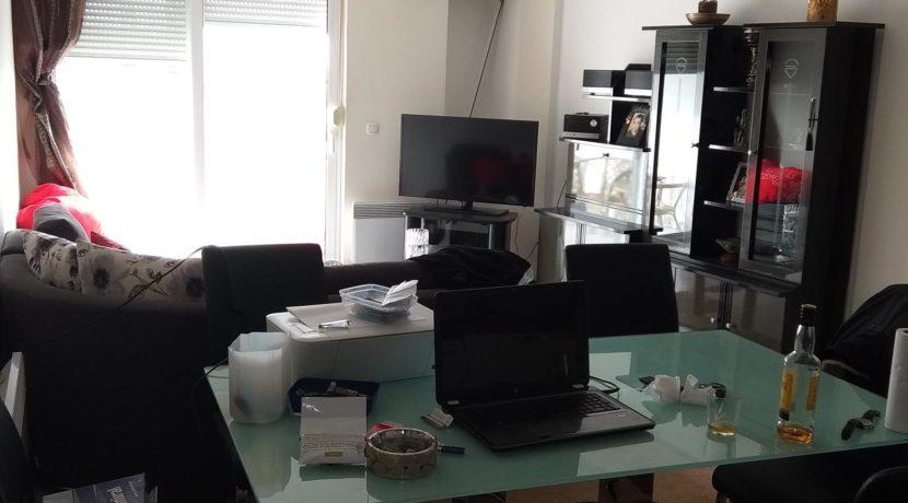 διαμέρισμα ημιυπόγειο κόνσολας και διαμερισμα μπέρδη 012