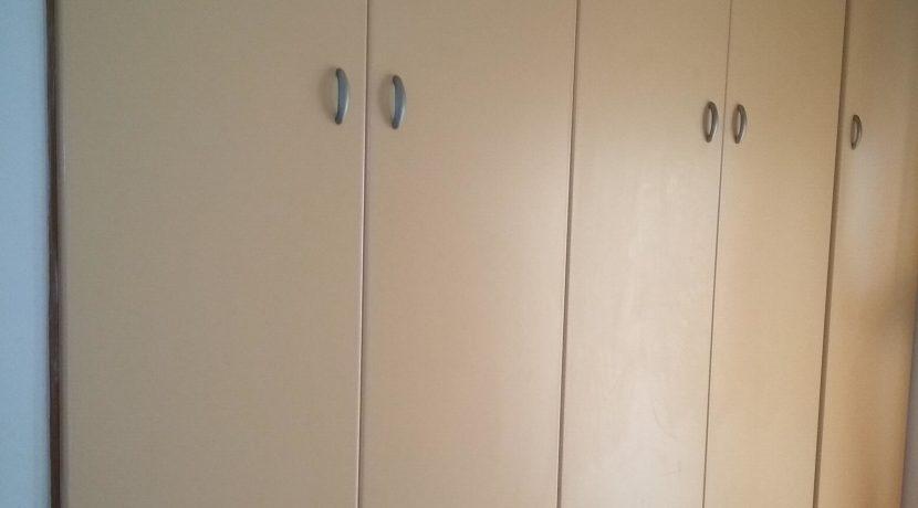 διαμέρισμα ημιυπόγειο κόνσολας και διαμερισμα μπέρδη 015