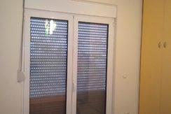 διαμέρισμα ημιυπόγειο κόνσολας και διαμερισμα μπέρδη 017