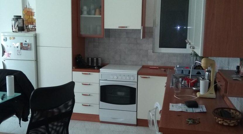 διαμέρισμα ημιυπόγειο κόνσολας και διαμερισμα μπέρδη 021