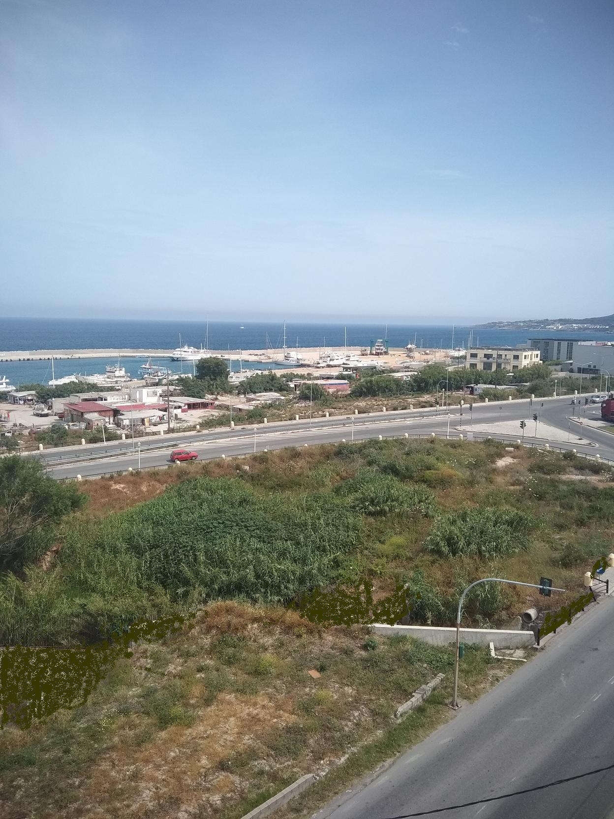 Διαμέρισμα με θέα θάλασσα , διαμπερές με (2) υπν, πόλη Ρόδου, APS-026888