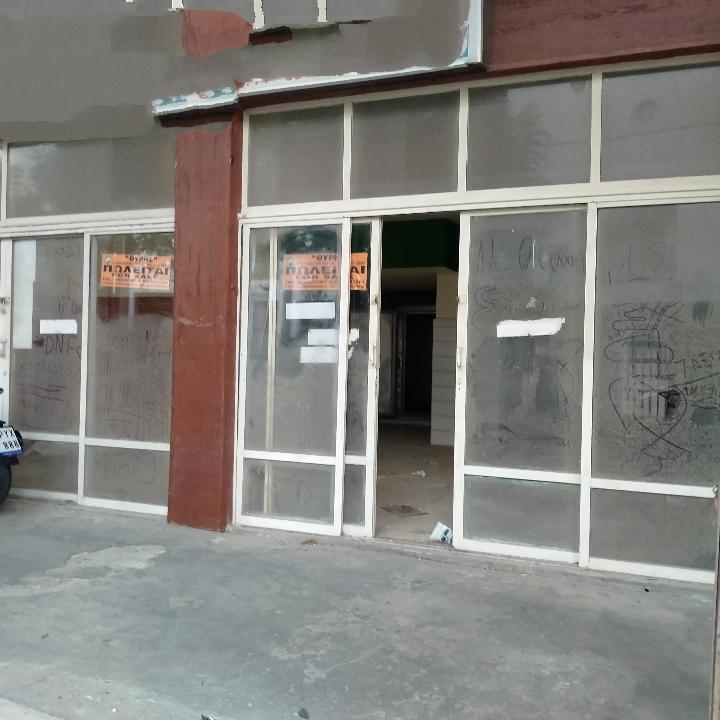 Κατάστημα  με δικαίωμα αλλαγής χρήσης σε διαμέρισμα , πόλη Ρόδου, KAT-465432